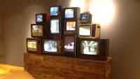 Tommy Hilfiger - Vintage TV Wall Display