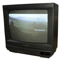 TV & Video Props Hitachi C1414T Colour Television