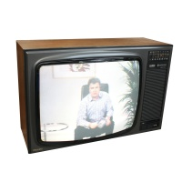 "TV & Video Props Hitachi CTP-210 Instaview - 20"" TV"