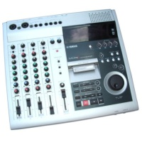 Music  Yamaha MD4S Mini Disc 4 Track Recorder