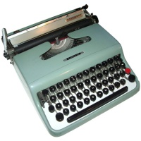 Olivetti Lettra 22 Typewriter Hire