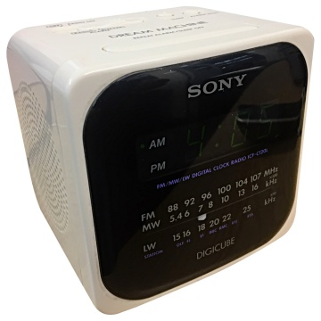 Sony Digicube - Digital Clock Radio - ICF-C120L